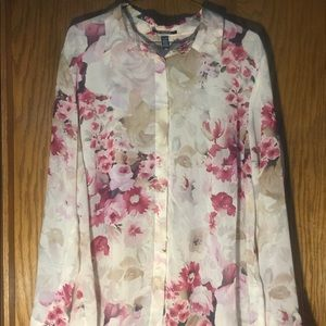 CHAPS floral sheer pleated button down